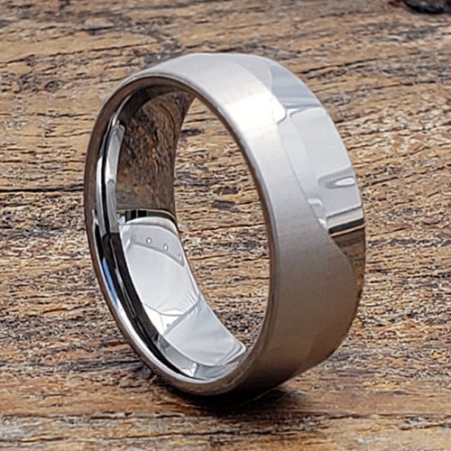 Jekyll Mens Wave Unique Rings