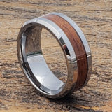 men beveled wooden rings